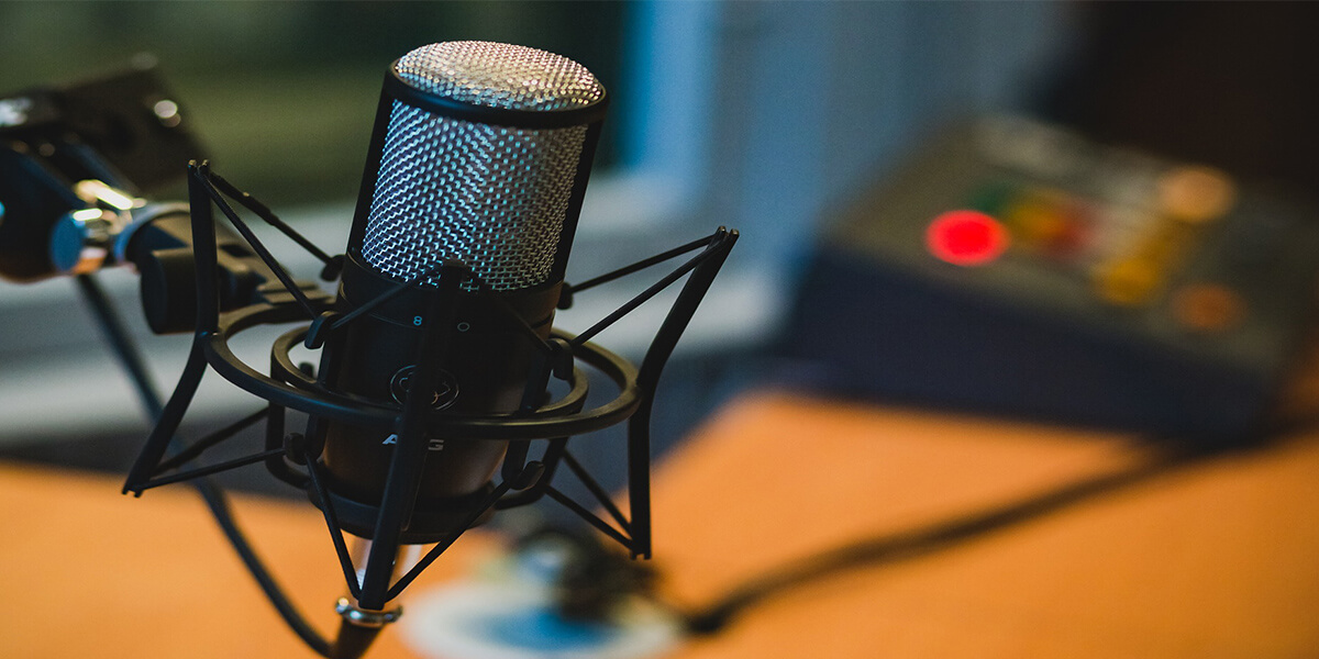 Good Microphone for Podcast Featured Image