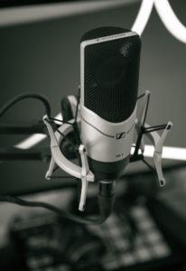 Cheap condenser microphone 2019