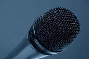 best studio microphone under 200