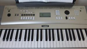 best cheap digital piano under 300